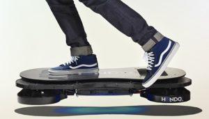 Hoverboard atau Skateboard Terbang