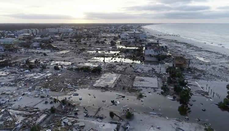 Badai Wilma (2005)