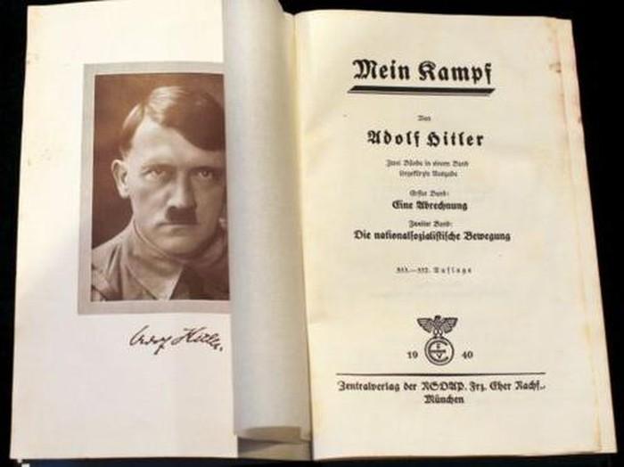 Lelang buku Mein Kampf Adolf Hitler