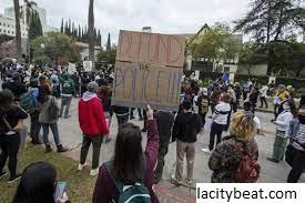 LA Menindak Protes 'di Luar Kendali' Beberapa Menyebutnya Melampaui Batas